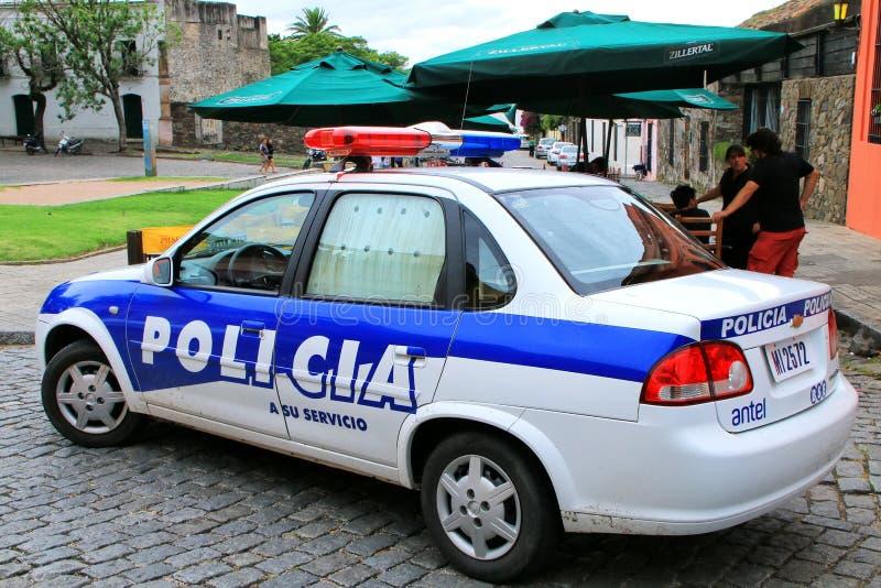 警车在Plaza de阿玛斯停放了在科洛尼亚德尔萨克拉门托, U 免版税图库摄影