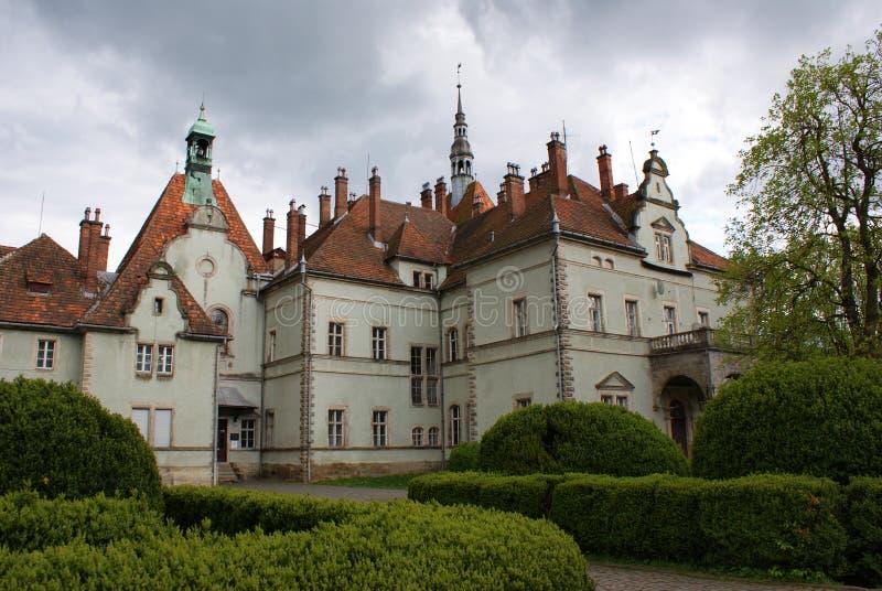 计数Schonborn狩猎城堡在Carpaty 免版税库存图片