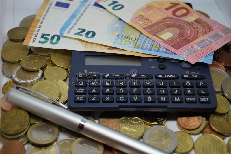 计算与所有费用 免版税库存图片