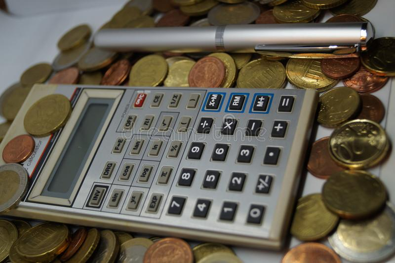 计算与所有费用 免版税图库摄影