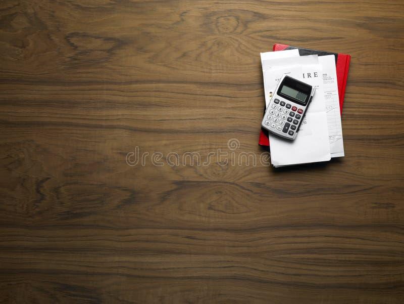 计算器桌面木头 库存照片