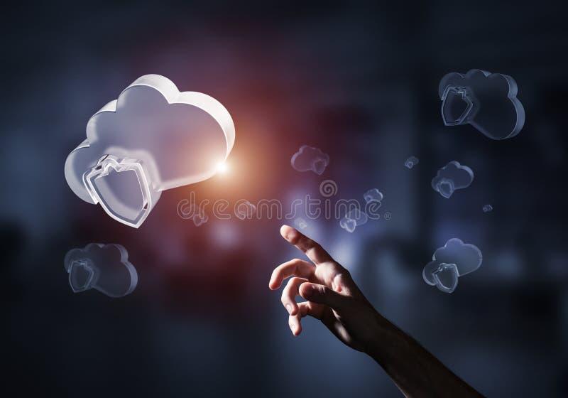 计算机和互联网象云彩提出的安全概念 向量例证