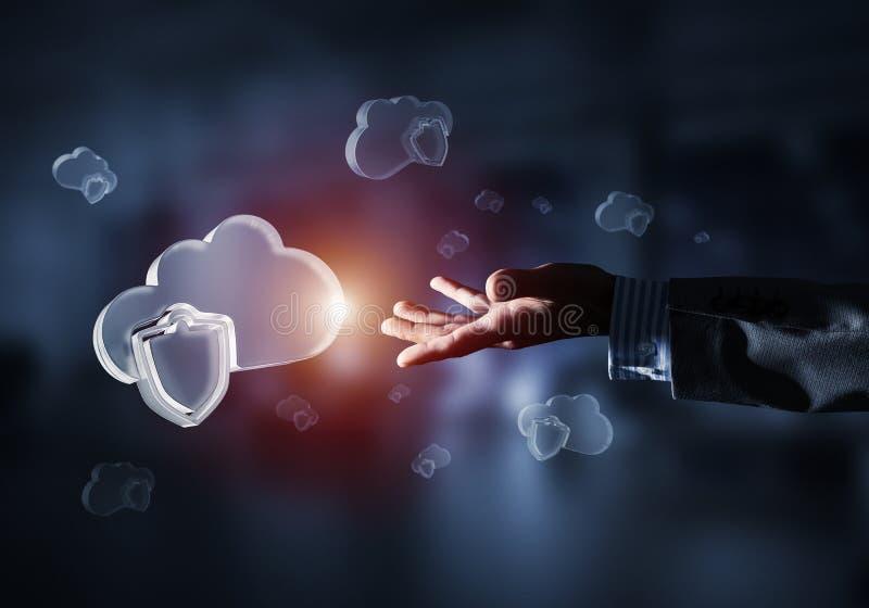 计算机和互联网象云彩提出的安全概念 皇族释放例证