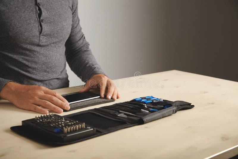 计算机和电话repairment服务 图库摄影