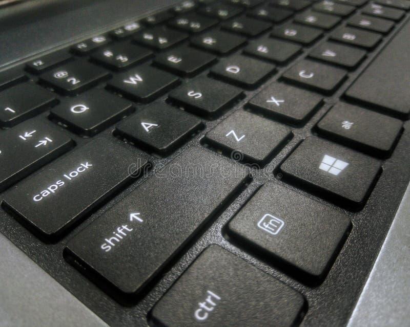 计算机概念输入关键关键董事会问题替换黄色的interrrogation 免版税库存照片