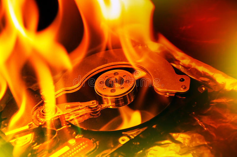 计算机硬盘燃烧 免版税库存图片