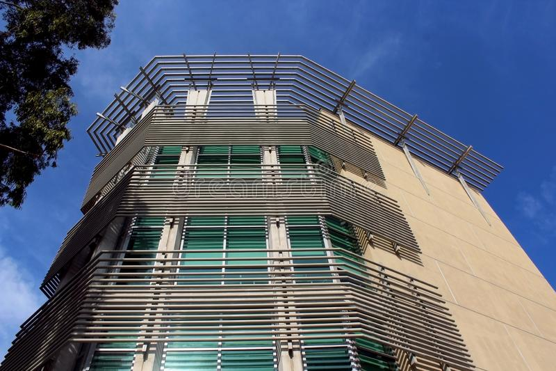 计算机科学和设计大厦,加州大学圣地亚哥分校大厦 免版税库存照片