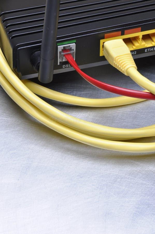 Download 计算机网络缆绳和互联网路线 库存照片. 图片 包括有 互联网, 网络连接, 连接, 电缆, 计算机, 调制解调器 - 62533948