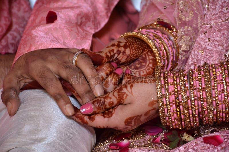 订婚人环形诉讼 免版税库存照片