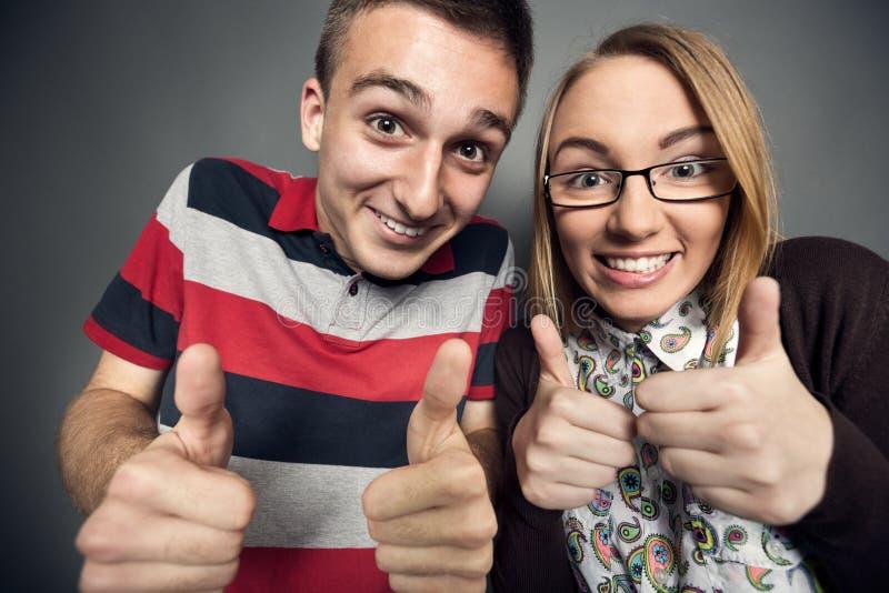 讨厌的青少年的夫妇 免版税库存照片