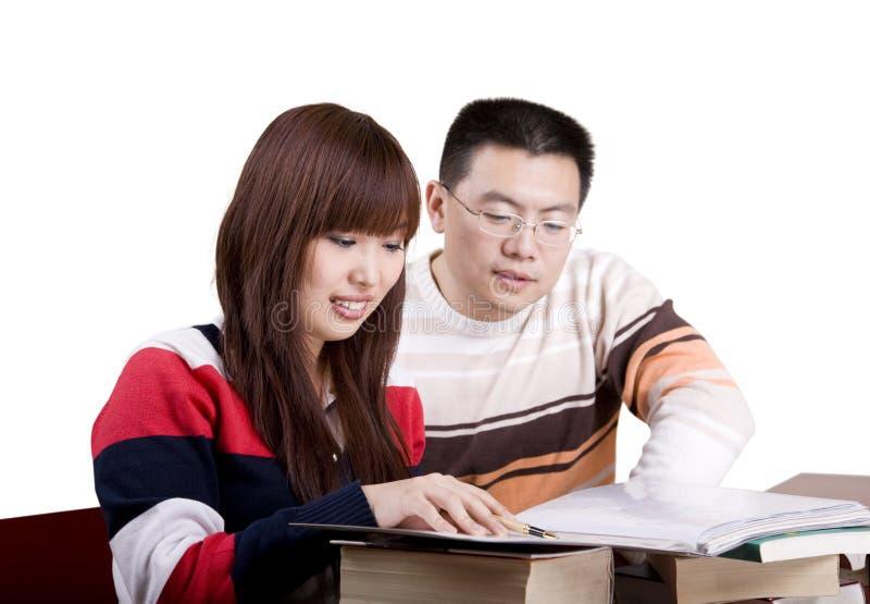讨论人年轻人 免版税库存照片