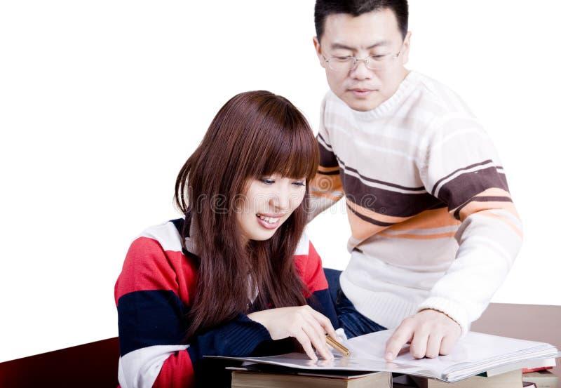 讨论的夫妇年轻人 库存图片