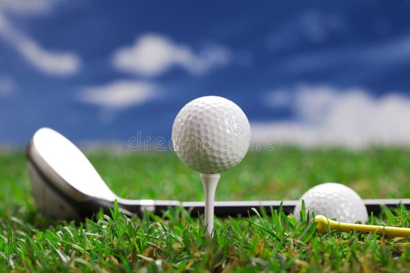 让作用高尔夫球一回合! 库存照片