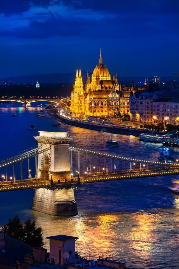 议会和桥梁 免版税库存照片