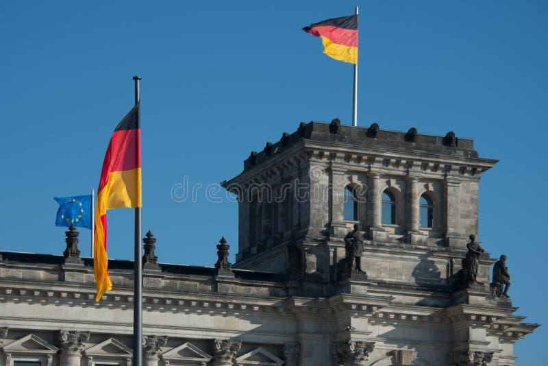 议会和死命Reichstag柏林Reichskuppel 库存图片