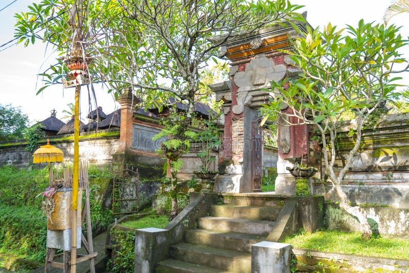 议院入口做了传统巴厘语建筑学样式 库存照片