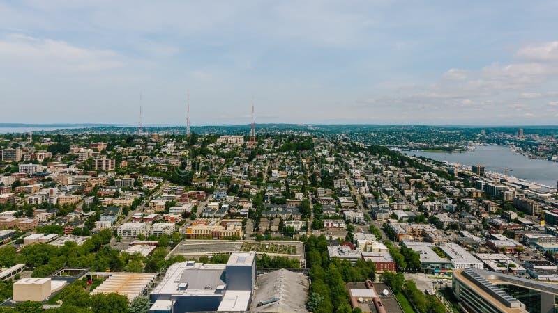 议院和街道由湖联合在西雅图,美国 免版税图库摄影