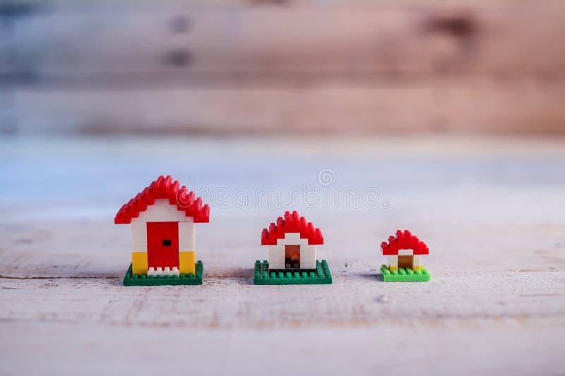 议院概念微型玩具房子 库存图片