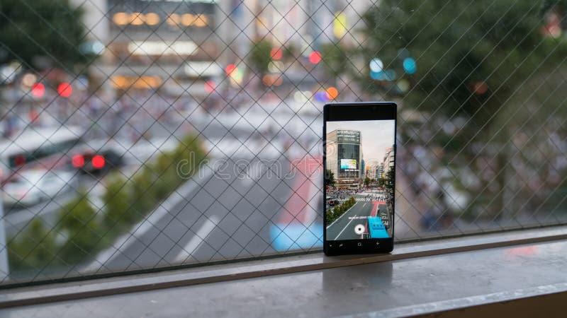 记录行人交叉路的录影智能手机涩谷横穿 库存照片