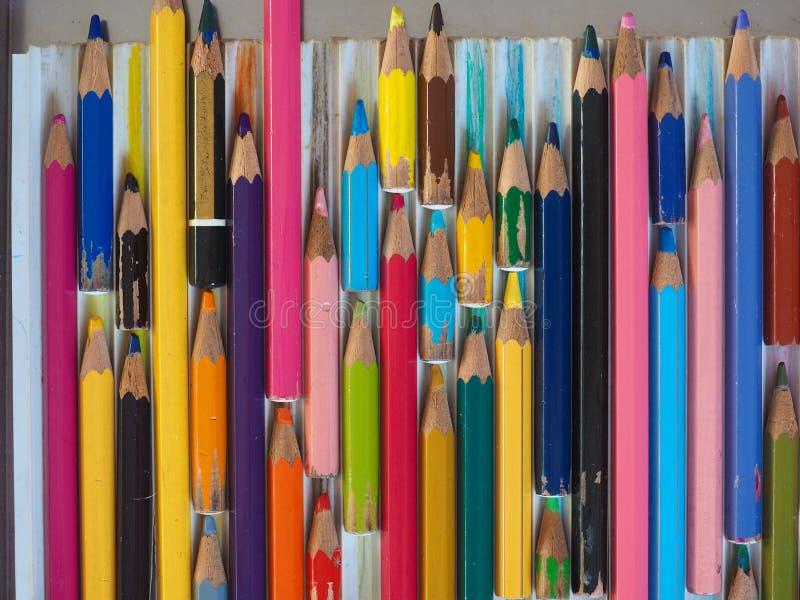 许多上色铅笔 免版税图库摄影
