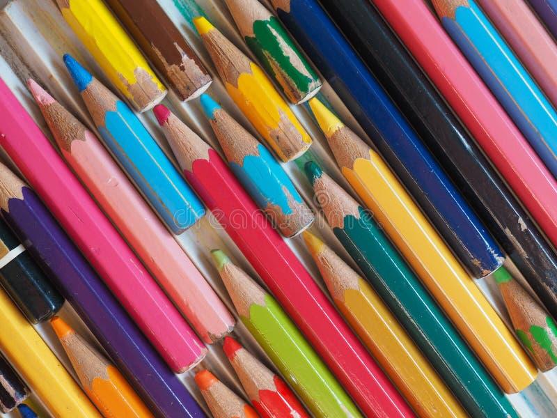 许多上色铅笔 免版税库存照片