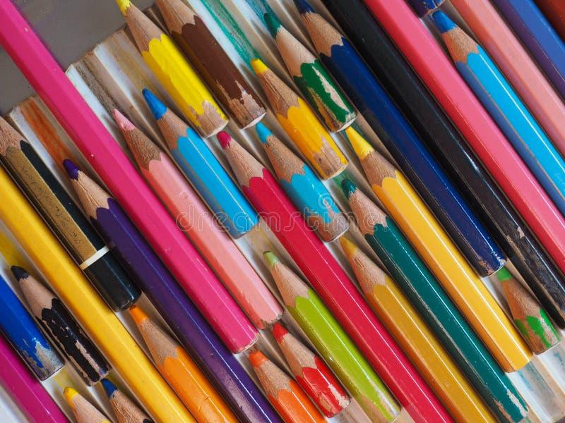 许多上色铅笔 免版税库存图片