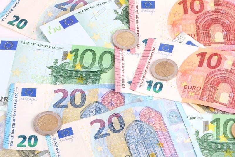 许多不同的欧元在演播室 库存图片