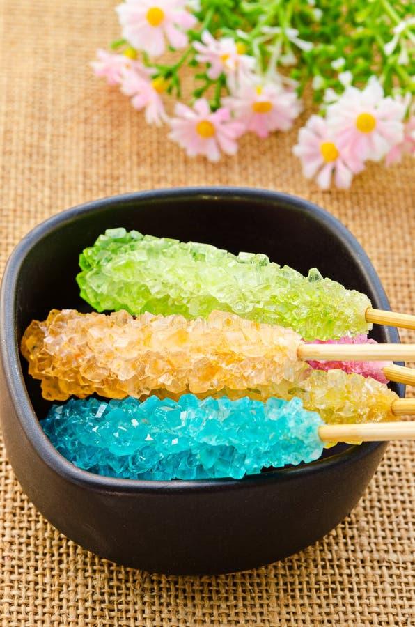 许多五颜六色的糖水晶糖果 图库摄影
