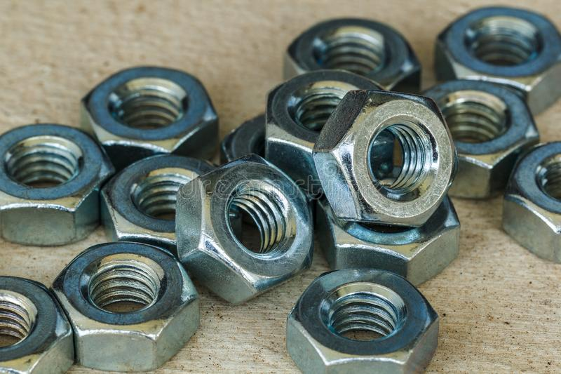 许多六方形螺母 免版税库存图片