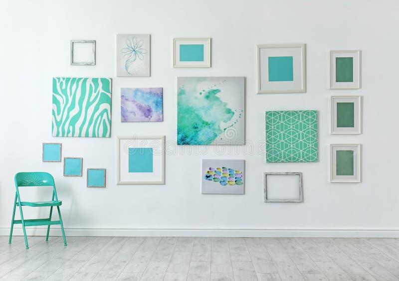 许多抽象薄荷的绘画 库存图片