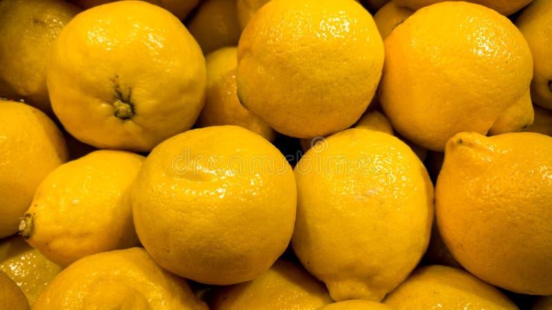 许多特写镜头照片黄色柠檬 r 美好的食物背景 库存照片