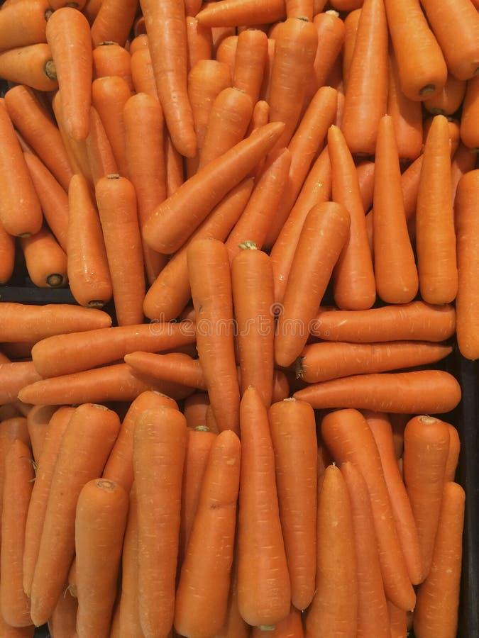 许多红萝卜菜高维生素和钙,有益于健康 图库摄影