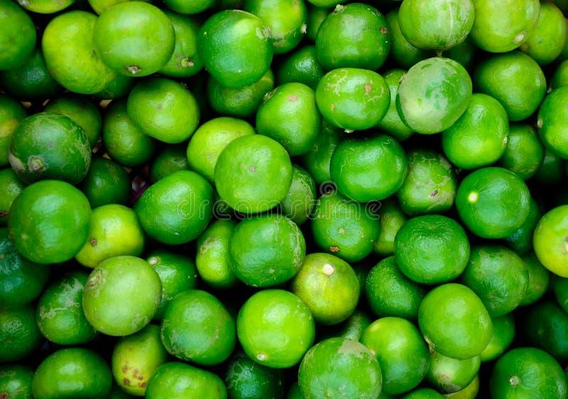 许多鲜绿色的石灰 免版税库存图片