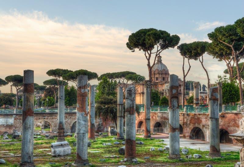 Download 论坛Romanum在罗马,意大利 库存照片. 图片 包括有 全景, 布琼布拉, 历史记录, 石头, 室外 - 72360518