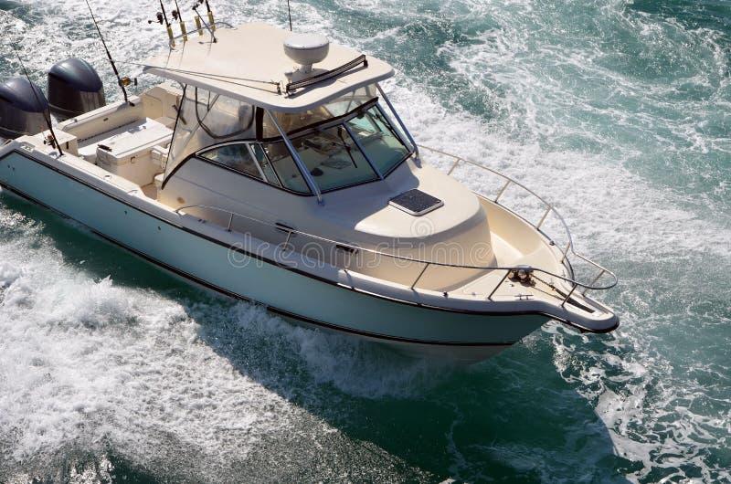 设备完善的体育渔船 免版税图库摄影