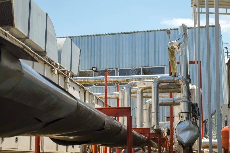 设备行业最新的石油精炼区域 免版税库存图片