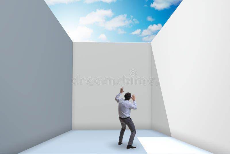 设法的商人从困难的情况逃脱 库存图片