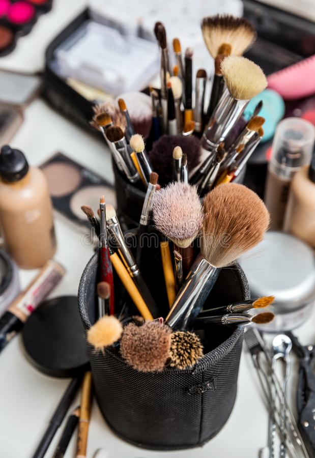 设置化妆师的刷子 免版税库存图片