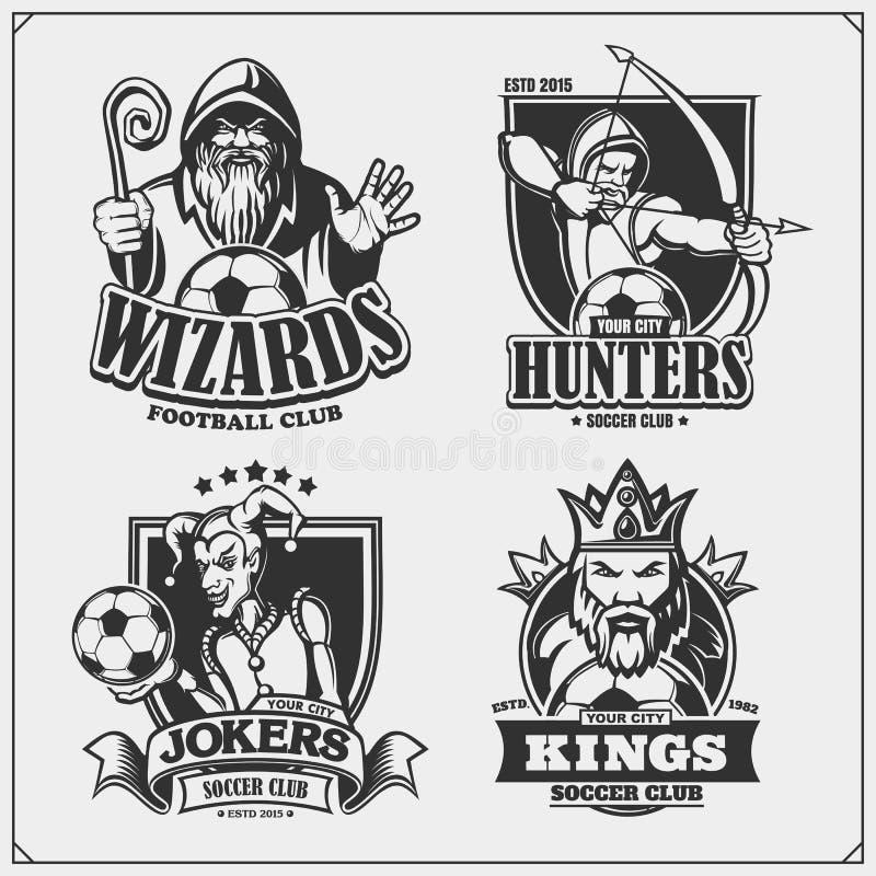 设置足球象征、徽章、商标和标签与猎人、巫术师、国王和说笑话者 T恤杉的印刷品设计 皇族释放例证