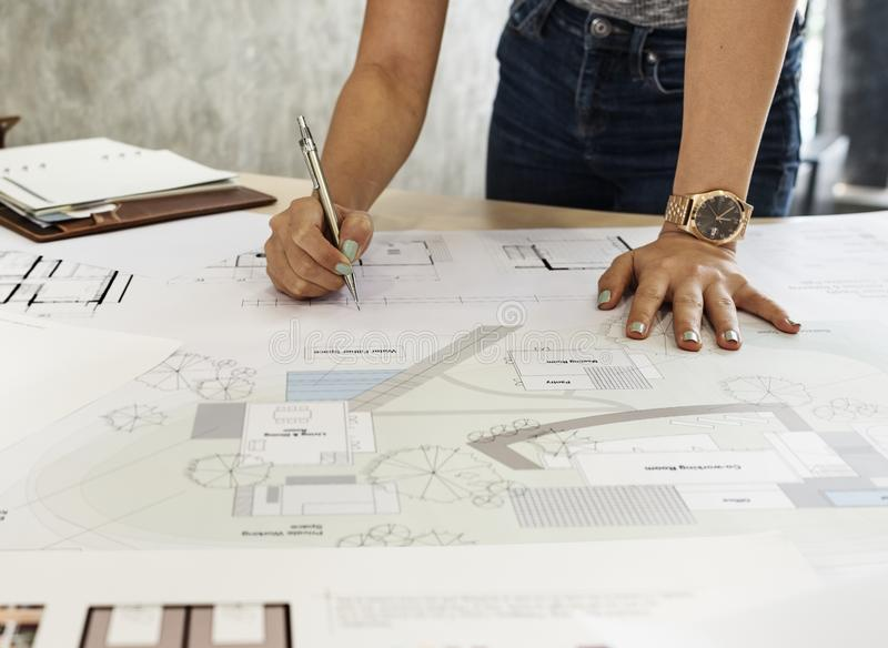 设计演播室建筑师创造性的职业图纸概念 库存照片
