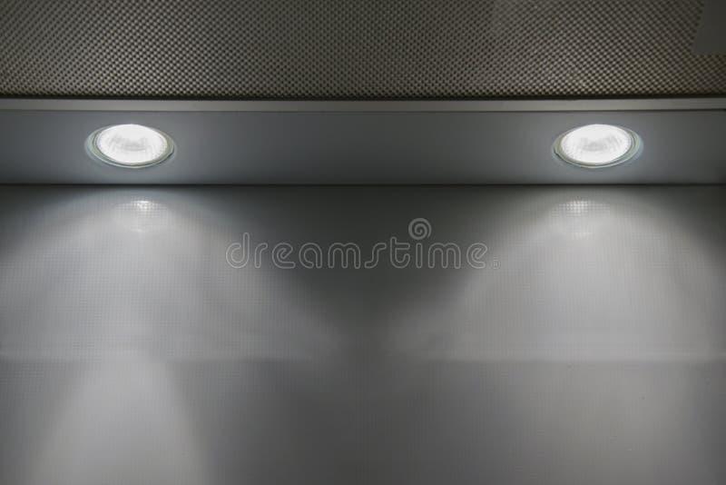 设计的两盏聚光灯纹理或盖子 抽象背景灰色纹理 免版税库存图片