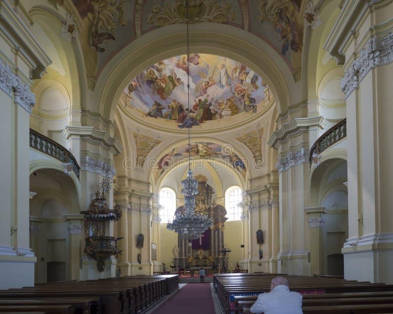 访问圣母玛丽亚,朝圣,海尼采,捷克地方的巴洛克式的大教堂内部  图库摄影