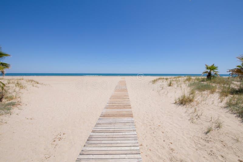 访问对田园诗海滩在Castellon 库存图片