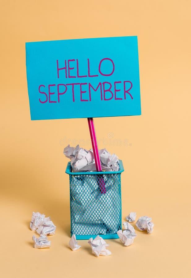 词写发短信给你好9月 热切想要的热烈欢迎企业概念到9月 免版税库存图片
