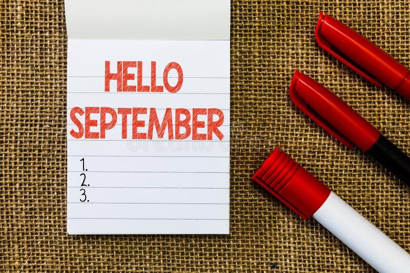 词文字文本你好9月 热切想要的热烈欢迎企业概念到9月 免版税图库摄影