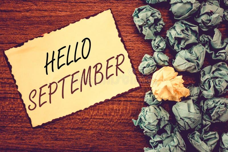 词文字文本你好9月 热切想要的热烈欢迎企业概念到9月 免版税库存照片