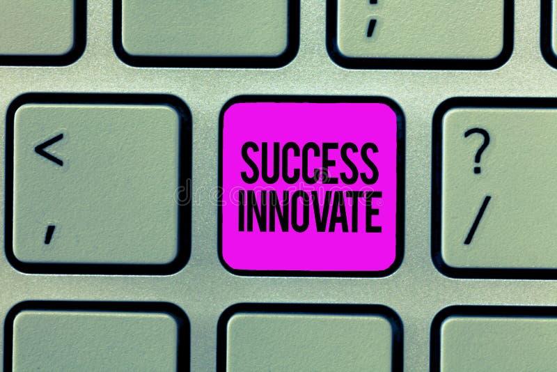 词文字文本成功创新 企业概念为使组织能适应对市场力量 免版税库存图片