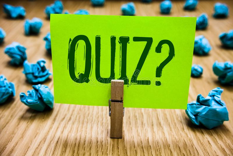 词文字文本测验问题 企业概念简称测试评估考试定量您的知识纸深蓝obj 免版税图库摄影