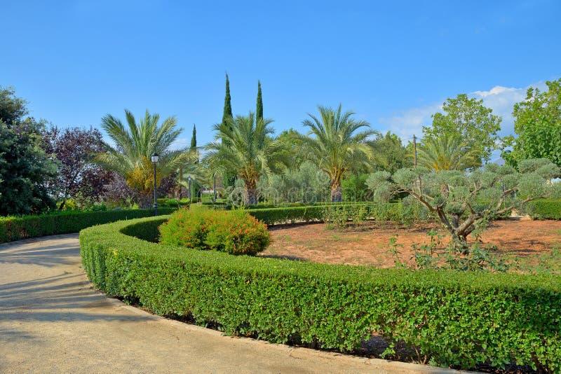 词条的美丽的庭院对Mascarell 免版税库存图片