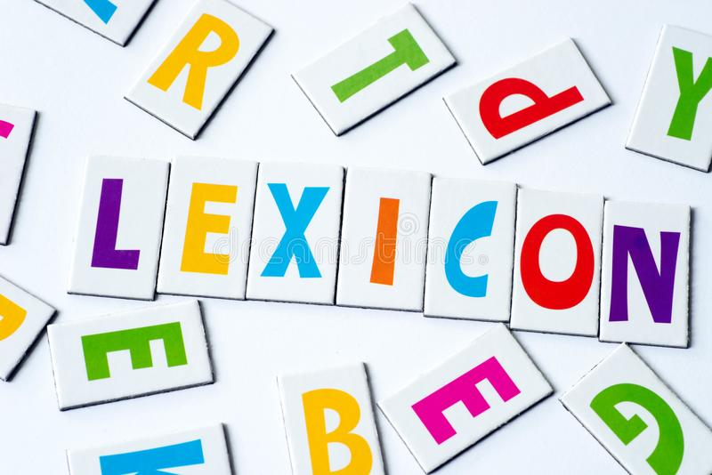 词词典由五颜六色的信件做成 免版税库存图片